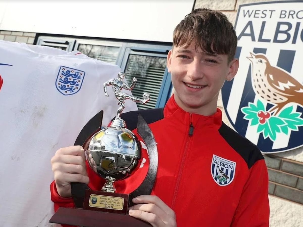 Youth striker Louie Barry is eligible to represent both England and the Republic of Ireland