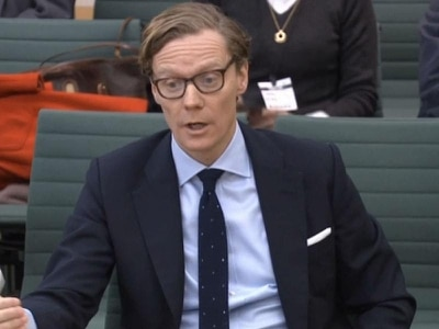 Information Commissioner to apply for warrant in Cambridge Analytica probe