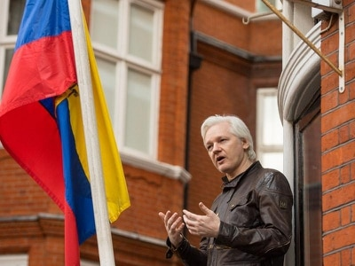 Pledge of no extradition could resolve Julian Assange impasse, lawyer says