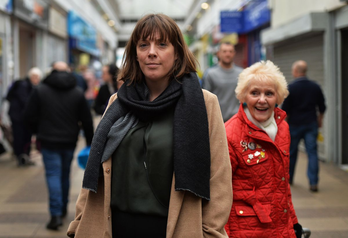 Labour leadership candidate Jess Phillips called for more honesty on a visit to Bilston with Pat McFadden MP.