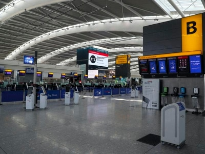 Government charters 12 more flights to bring thousands back to UK from India