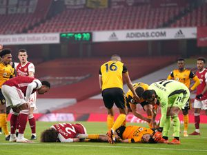 Premier League clubs have backed a trial on permanent concussion substitutes