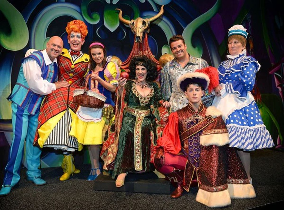 The full line-up of stars for last year's panto at Birmingham Hippodrome