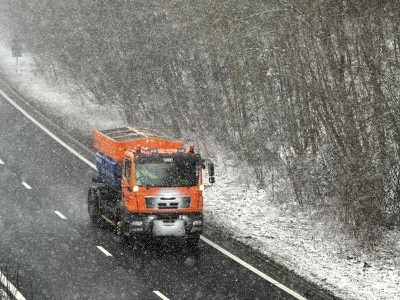 Several crashes amid icy conditions and freezing rain