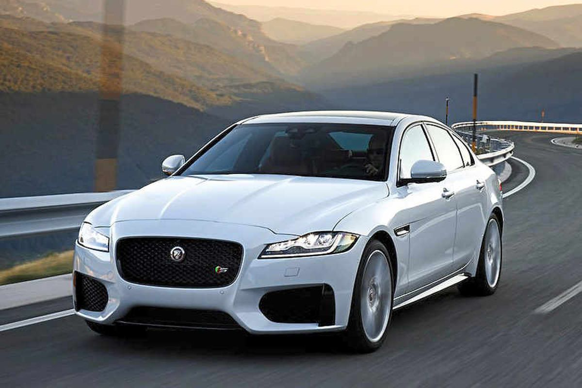 i54 hits top gear with Jaguar Land Rover's petrol engines