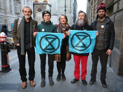 Trial of Extinction Rebellion protesters collapses after 'abject failure' by CPS