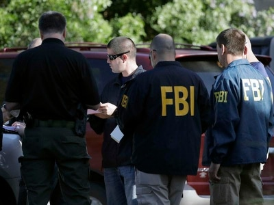 Fresh blast in Texas as hunt for serial bomber continues