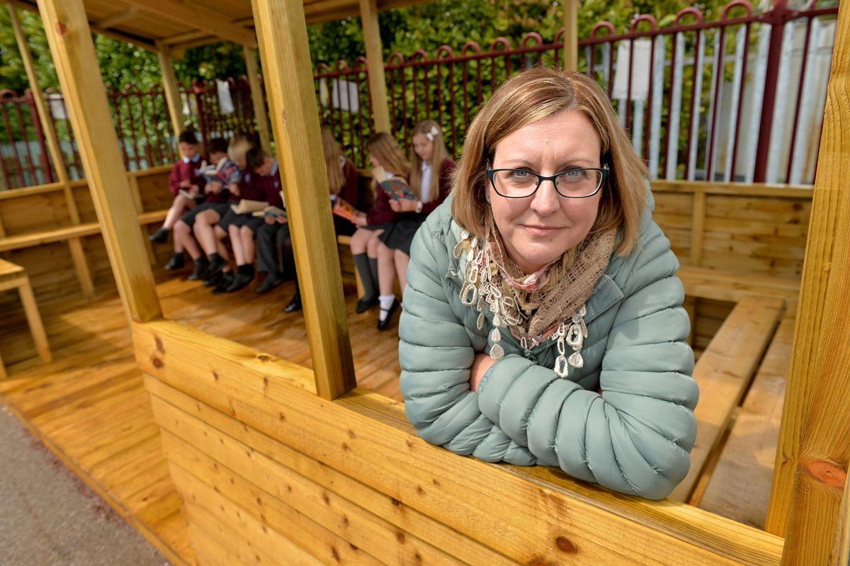 PTFA chair Donna Bolas-Burn with pupils
