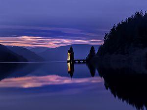 Lake Vyrnwy sunset