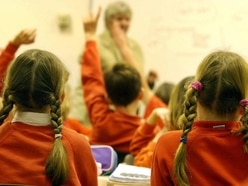 Children from deprived areas struggling to meet literacy and numeracy targets
