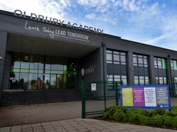 Warning after teenager threatens to stab Oldbury Academy student