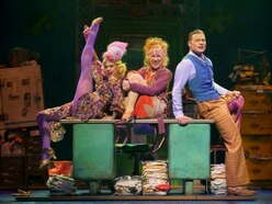 Annie, Wolverhampton Grand Theatre - review with pictures