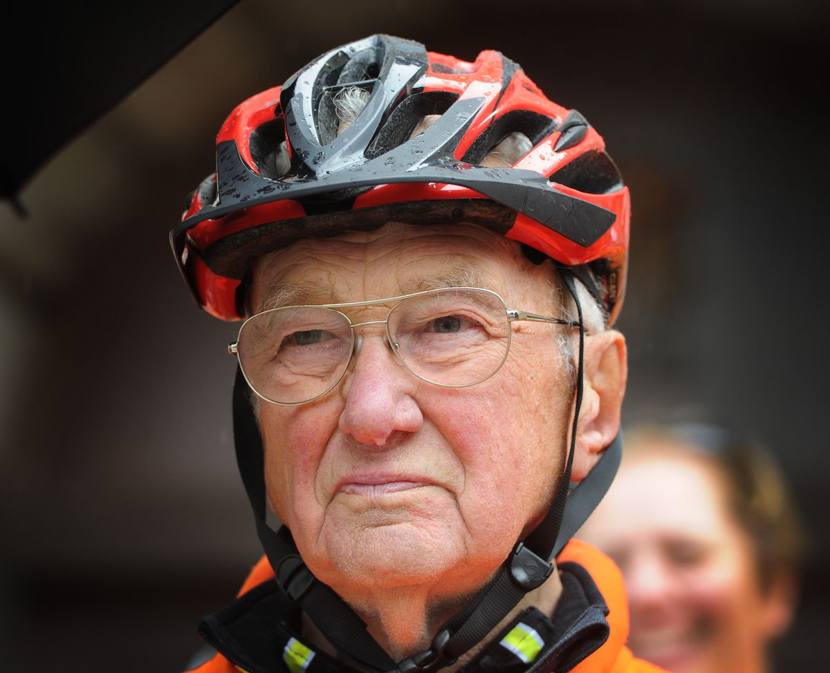 Cyclist Dick Venable arrives back in Stafford