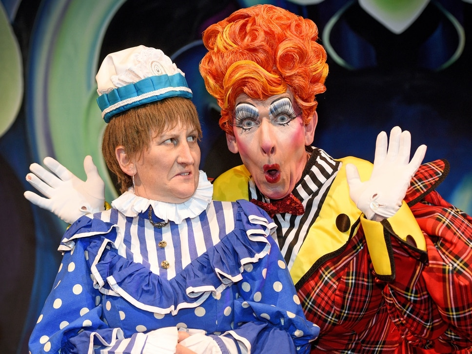 Doreen's got her hands full as Birmingham Hippodrome panto launched