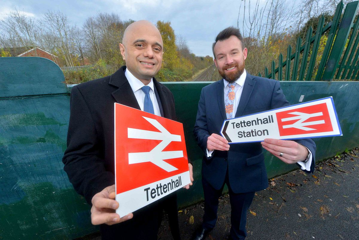WOLVERHAMPTON COPYRIGHT EXPRESS AND STAR STEVE LEATH 15/11/2019..Pics in Wolverhampton between Aldersley and Pendeford of Goverments : Sajid Javid, come to meet candidate: Stuart Anderson etc. They discussed a potential new Tettenhall rail station..