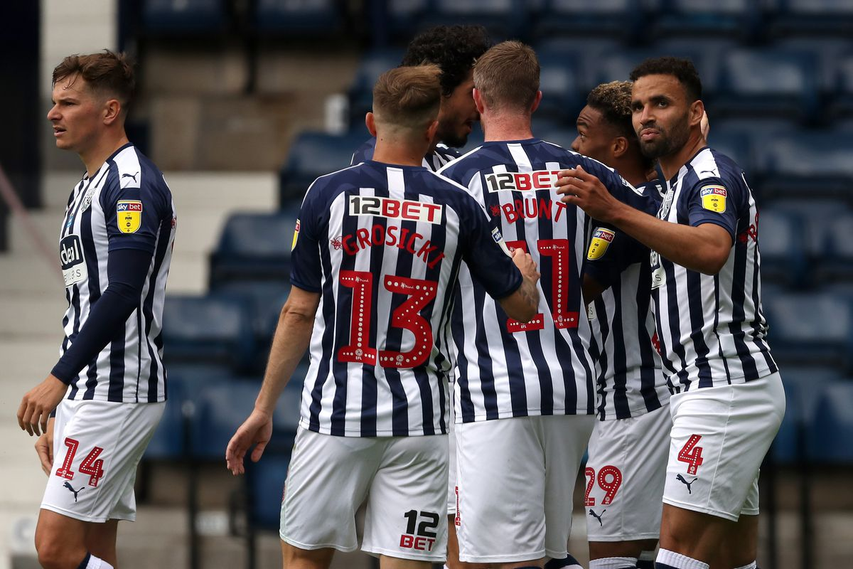 Grady Diangana of West Bromwich Albion celebrates after scoring a goal to make it 4-2 with team mates. (AMA)