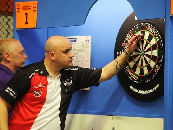 Jamie Hughes edged out in final of BDO Open