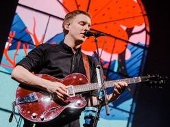 George Ezra, Resorts World Arena, Birmingham - review with pictures