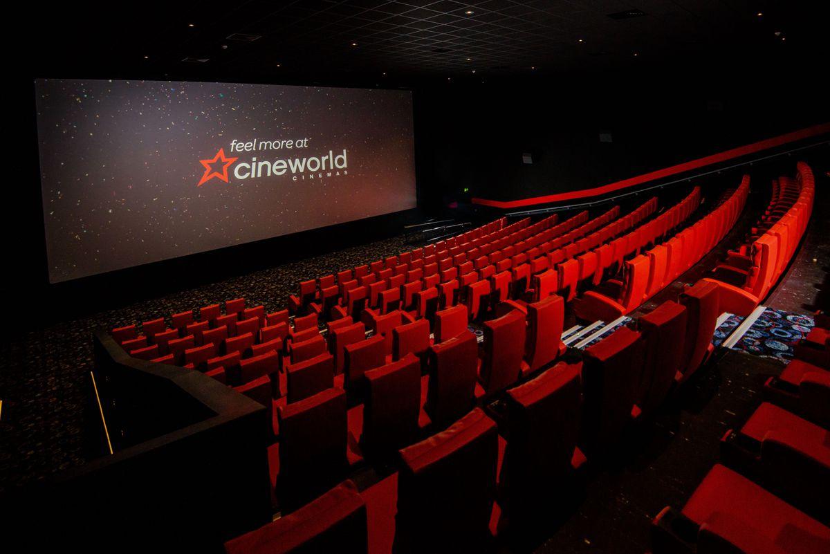 Cineworld Wolverhampton standard screening room