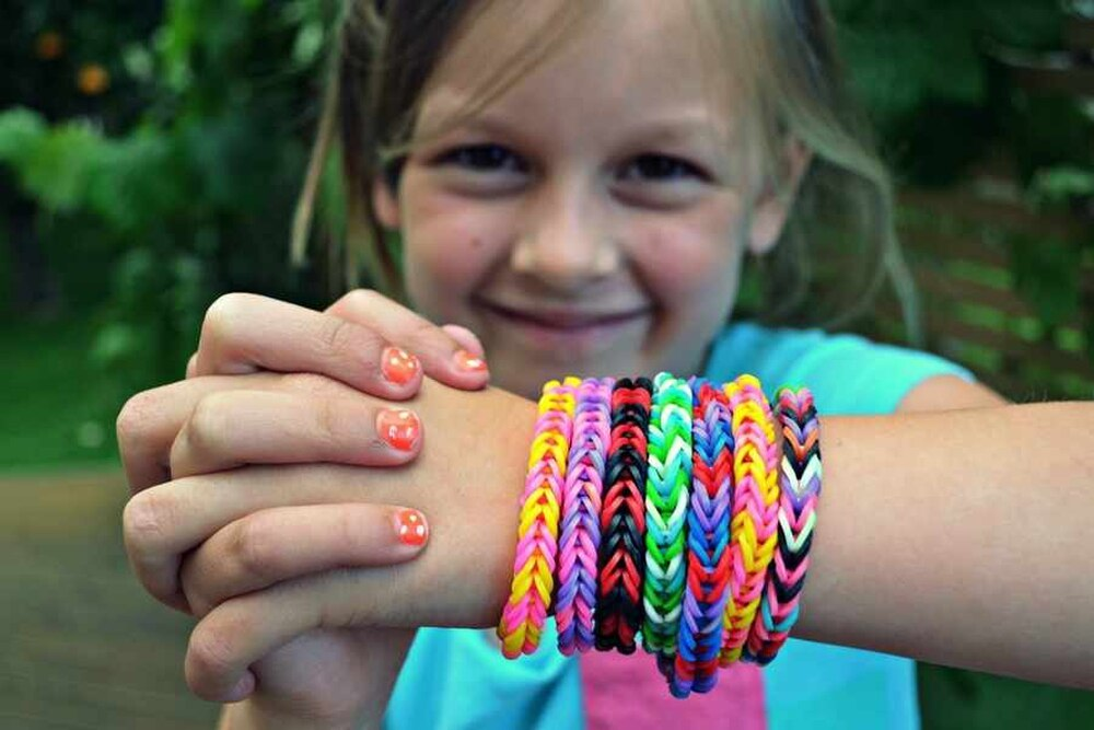 Loom bands the new must have as craze sweeps country