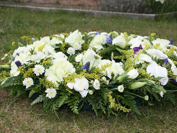 An Age UK Funeral Plan, provided by Dignity, is one of the best ways to arrange and pay for a funeral