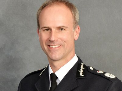 West Mercia Police chief urges people to be 'sensible' and 'unselfish'