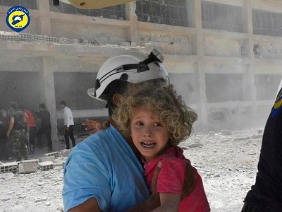 Israel evacuates White Helmets from Syria border