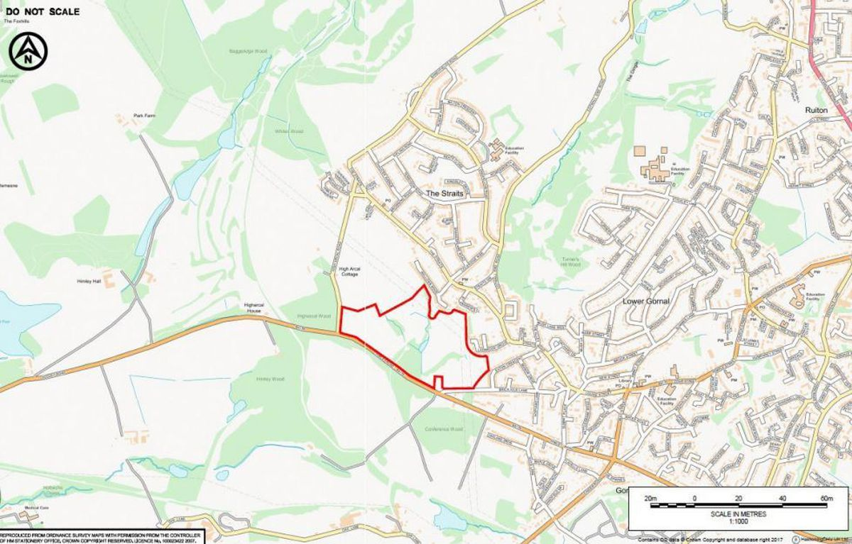 A separate proposal has suggested building around 400 homes on neighbouring land