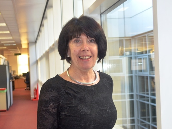 Under-fire Russells Hall Hospital boss to step down