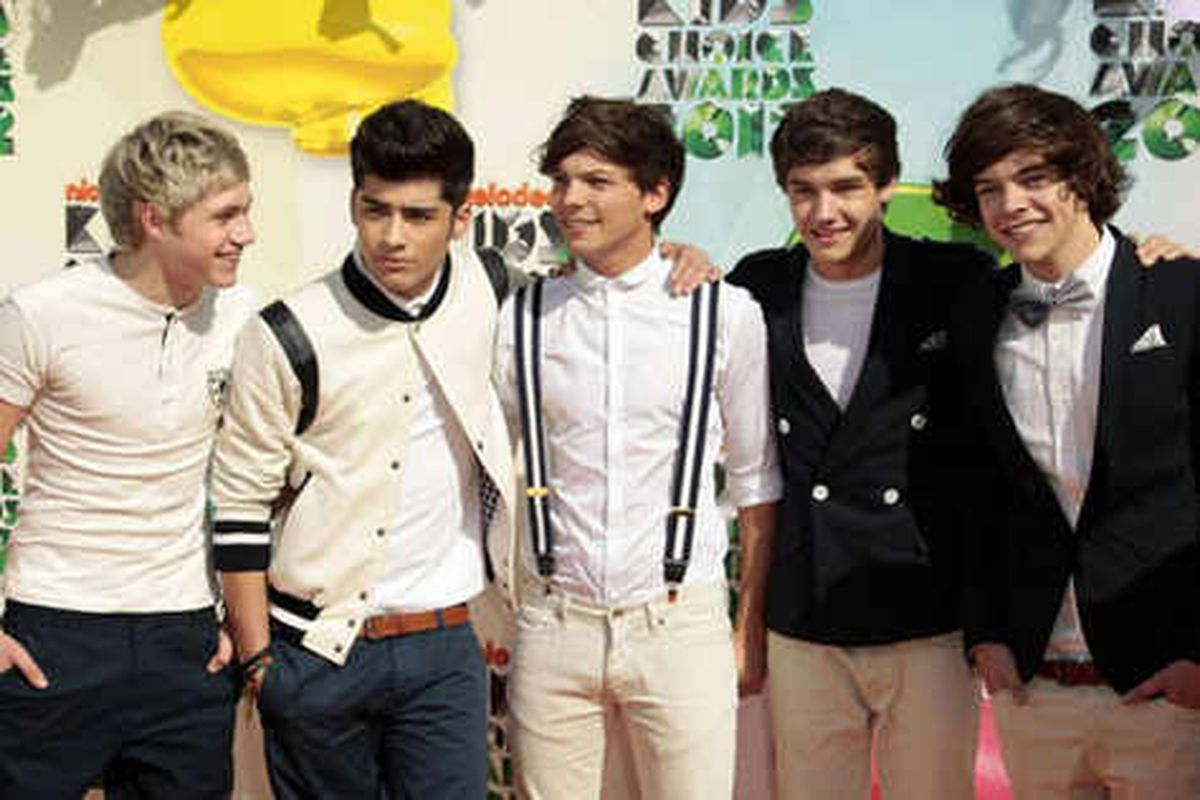 Toy firm Hasbro to create One Direction toys