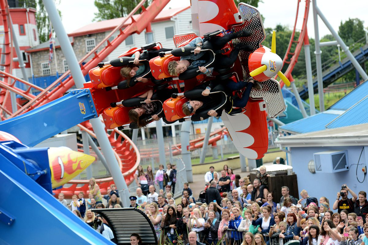 The Vamps opening new ride Air Race at Drayton Manor in 2014