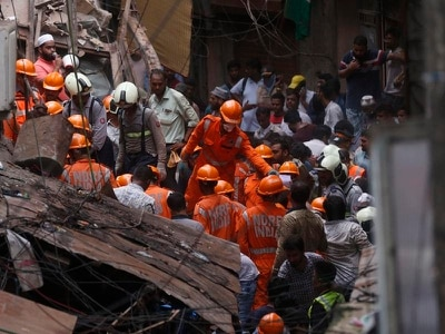 Bodies discovered after Mumbai building collapse