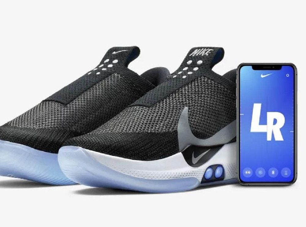 b774c2114ba7 (Nike). Nike has unveiled a new pair of connected shoes which are self- lacing ...