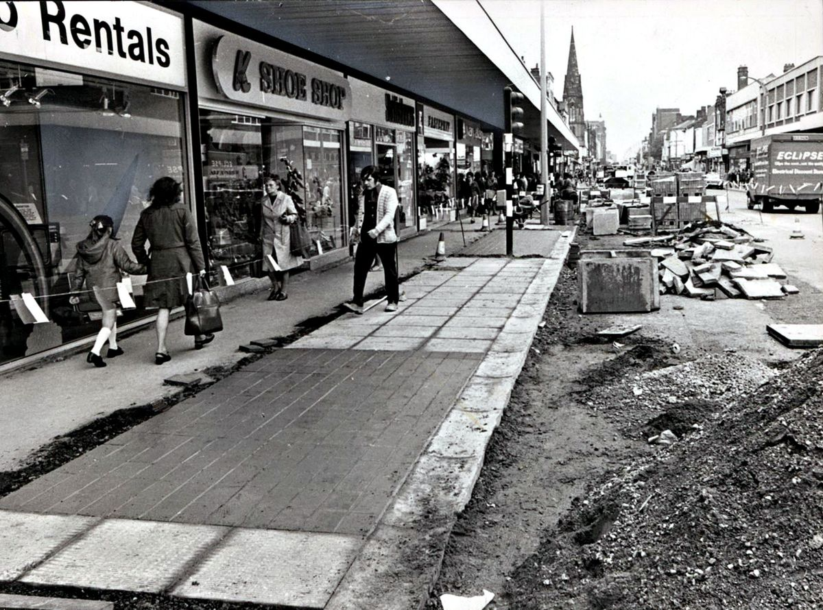 Works in High Street in 1974