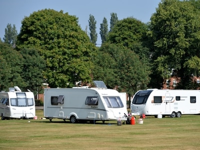 Travellers evicted from Bloxwich park set up camp on closest green space