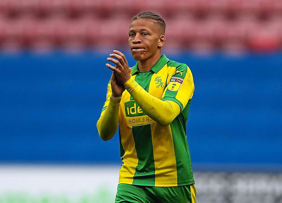 Dwight Gayle barely got a sniff. (AMA)