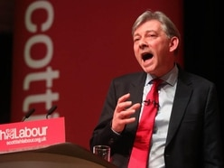 Back plans to extend free bus travel to under-25s, Scottish Labour tells MSPs