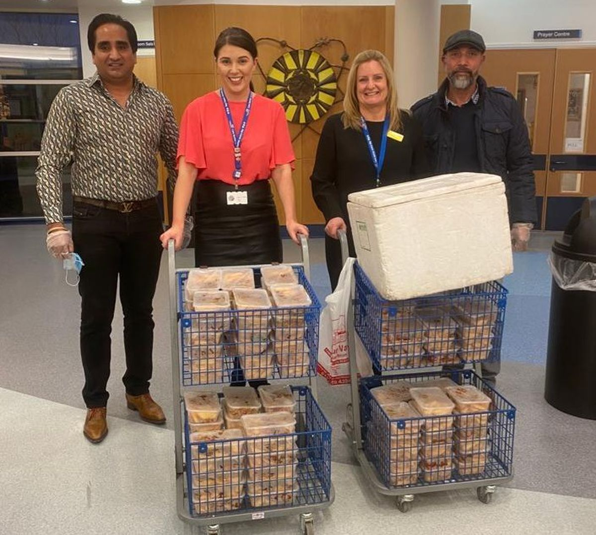 The Four Ways pub and Island Inn gave 115 takeaway meals to Russells Hall Hospital