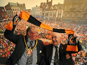 The Mayor of Wolverhampton Councillor Phil Page and Wolves club historian Graham Hughes at Wolverhampton Art Gallery