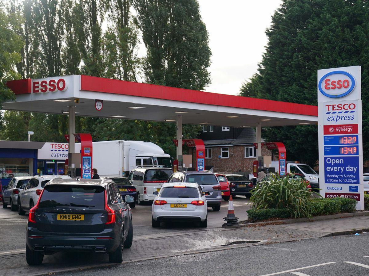 Drivers queue for fuel