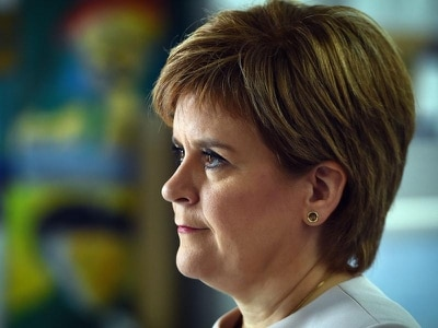 Option of extending Brexit talks must be on the table, Sturgeon insists