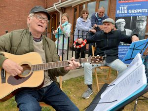 DUDLEY COPYRIGHT TIM STURGESS EXPRESS AND STAR...... 04/06/2020..... Musician and performer Tom Stanton,left, one of half of duo Blue Granits, has continued to raise money for the diabetes unit at Russells Hall Hospital, by writing songs ready to perform after lockdown. He is in his 70s and is diabetic so has been in the at risk category meaning he has faced a tough lockdown at home and has been unable to go out. Pictured with left, Lily , Carol and John Westwater and Billy Spakeman..