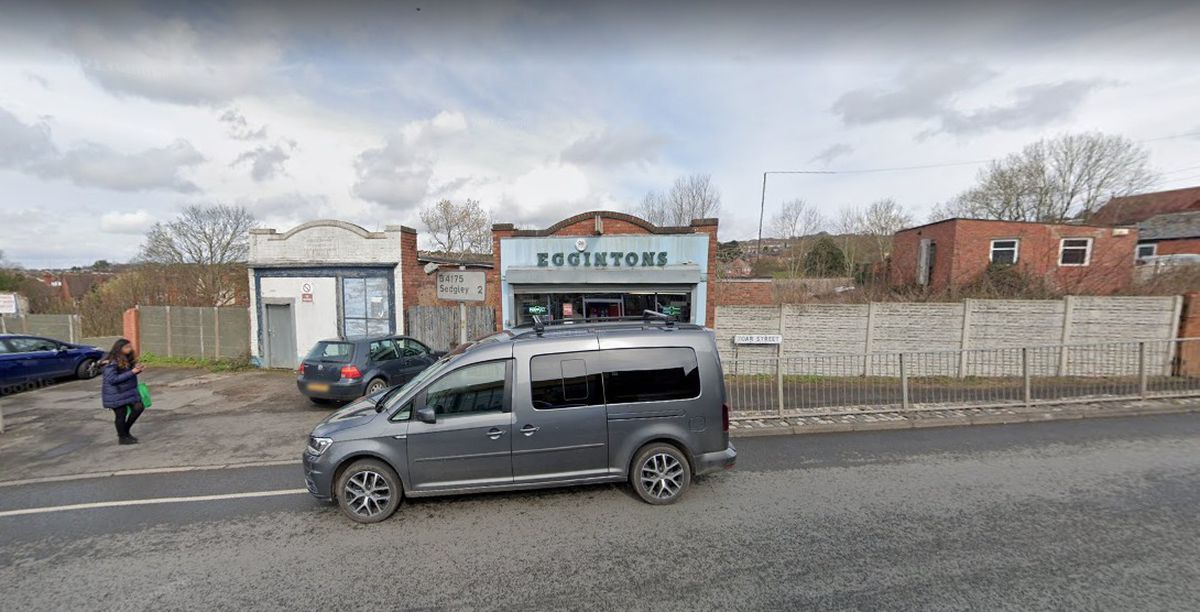 The existing Egginton's Chemist will be demolished to make way for the store