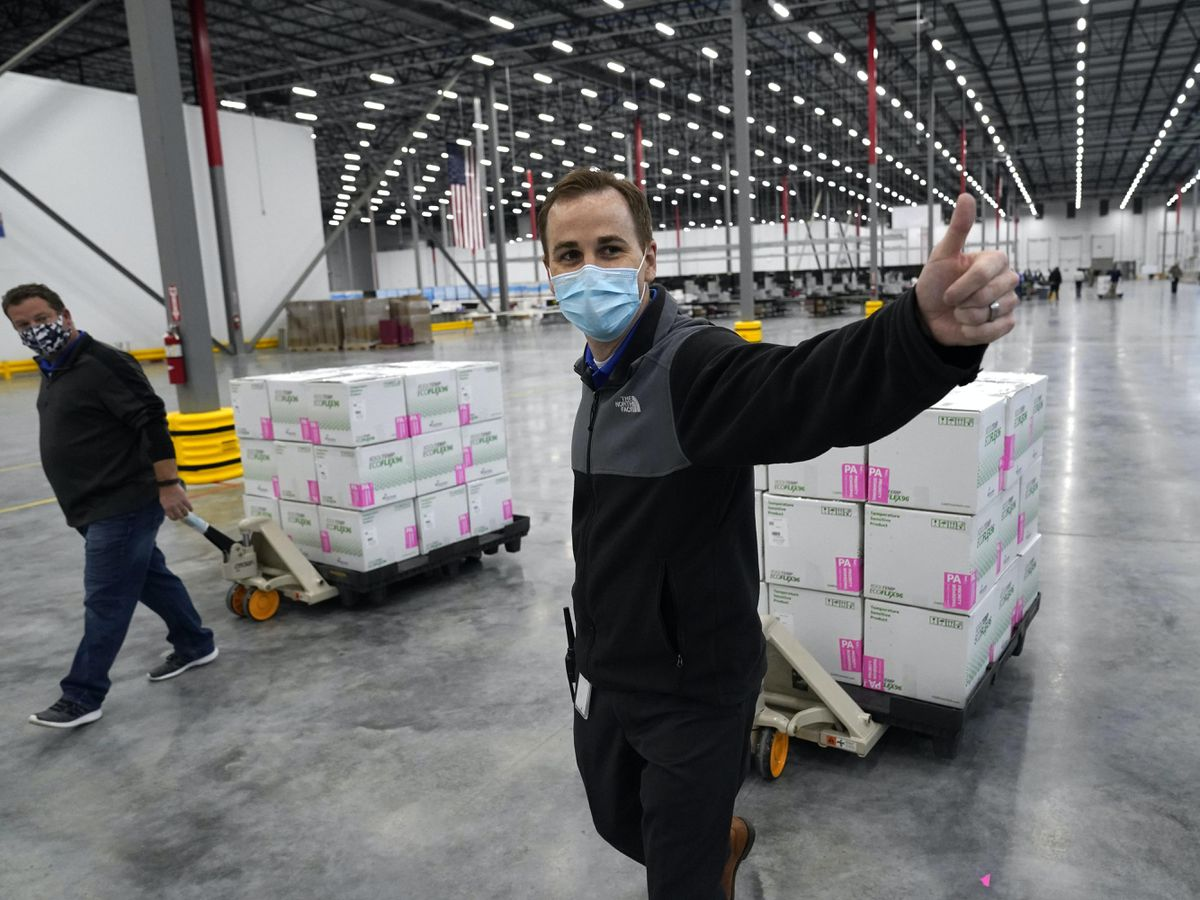 2nd COVID-19 vaccine authorized in US is shipped out