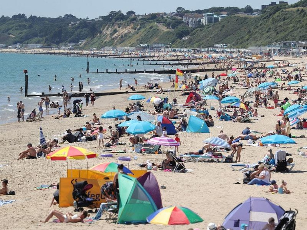 Which years have had the UK's warmest Junes?
