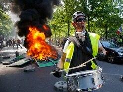 Paris yellow vest protest descends into violence