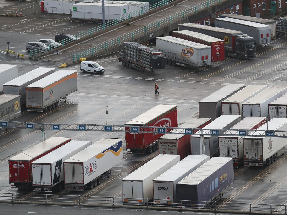 Lorries and trailers