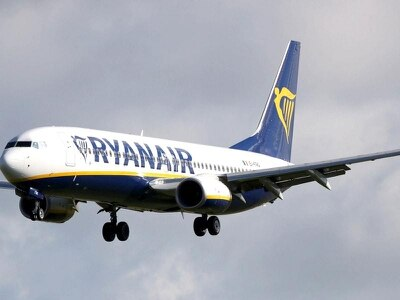 Pilots urge Ryanair shareholders to replace chairman and chief executive