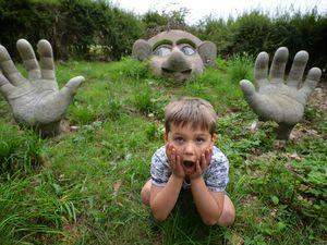 Bertie Binnian, 6 meets Boris the giant