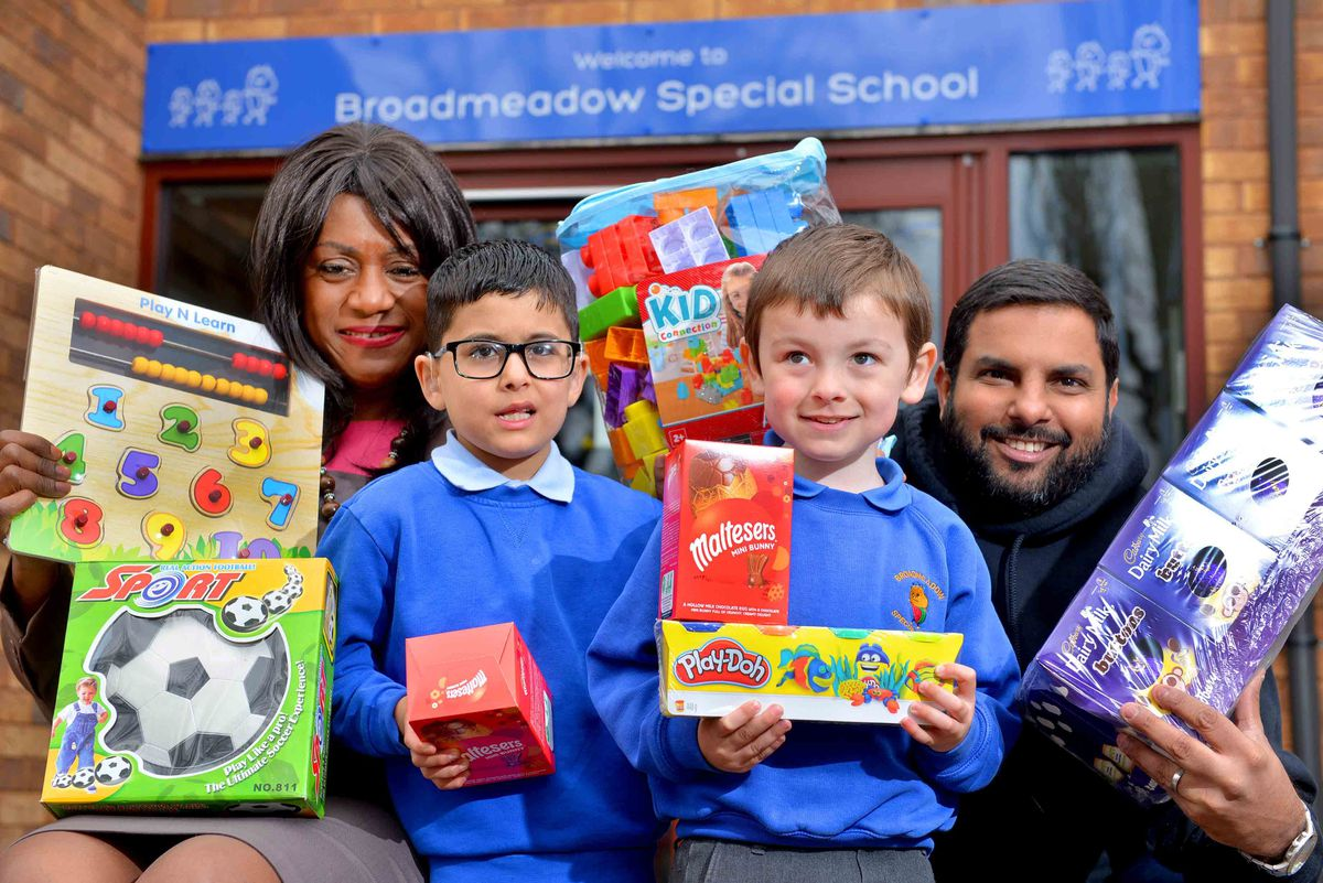 Broadmeadow Special School, where MP Eleanor Smith and Manny Johal from the Sikh Toy Appeal, were there to give out Easter Eggs for Easter and toys for Vaisakhi. Pupils: Jorawar Singh Dip 7, Liam Hodson 4..
